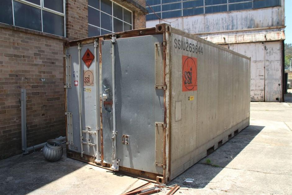 Fruehauf KAP-20 20' Aluminium Shipping Container & Contents