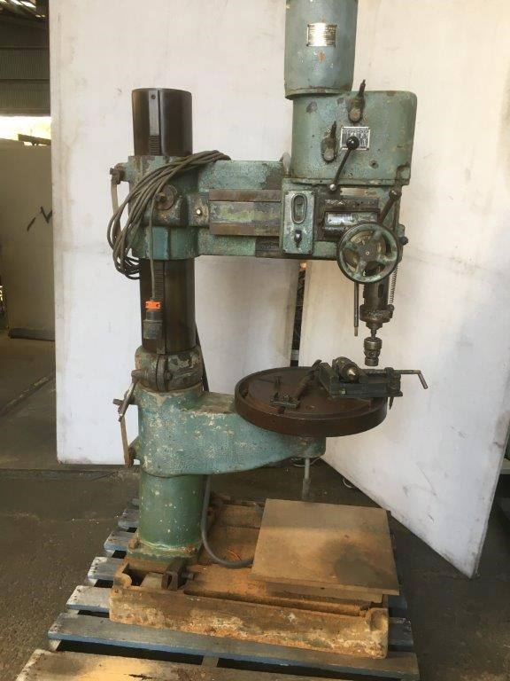 Radial Drill Energy Machines 3mt with Vice and Drill Chuck and Drills