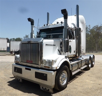 2009 Western Star 4800FX 6 x 4 Prime Mover Truck