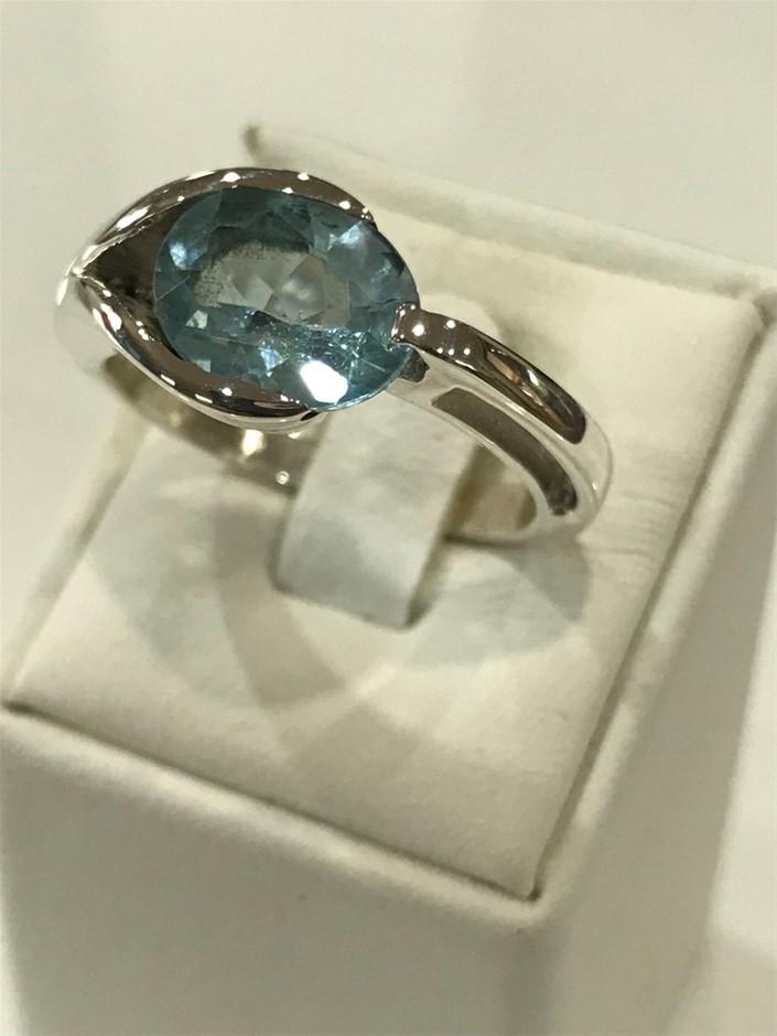 Stunning 3.50ct Blue Topaz Size R (8.75)