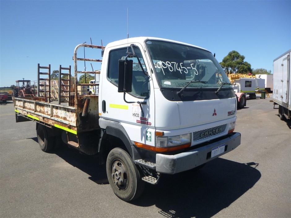2004 Mitsubishi Canta 4x4 F6649 Tray Body Truck