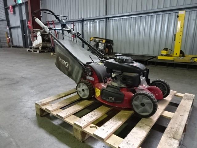 Toro 20897 Self-Propelled Lawn Mower (Pooraka, SA)