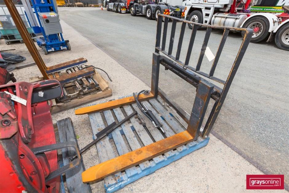 2011 Bolzoni Auramo HN5L100 Forklift Tyne & framework Build Da