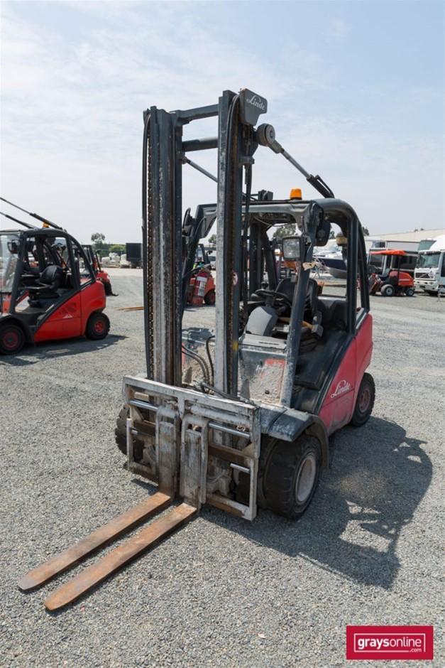 2006 2.5 Tonne Linde H25T 4 Wheel Counter Balance Forklift