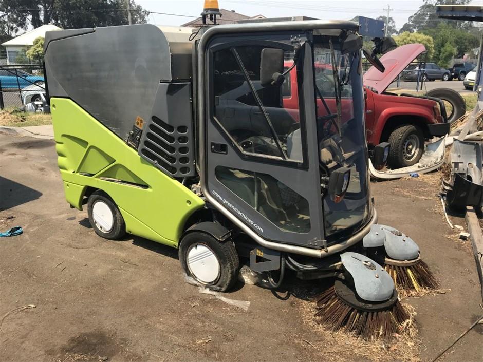 2010 Street Sweeper Green Machine 636HS