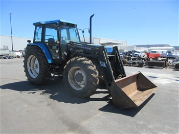 New Holland 7840 4WD Cab Tractor