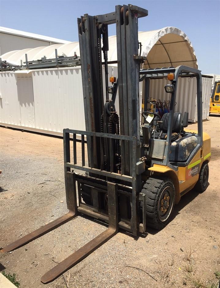2013 Shantui S-SF30 3T 3m Diesel Forklift - Gladstone