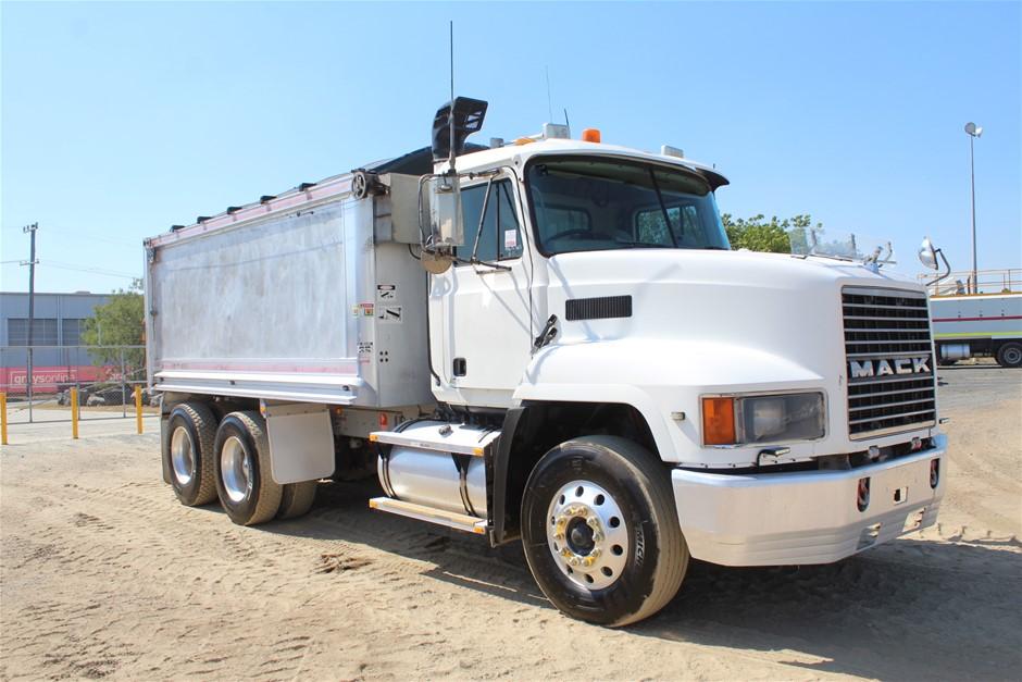 2004 Mack CH Turbo Diesel 6 x 4 Tipper Truck (Ex Corp)