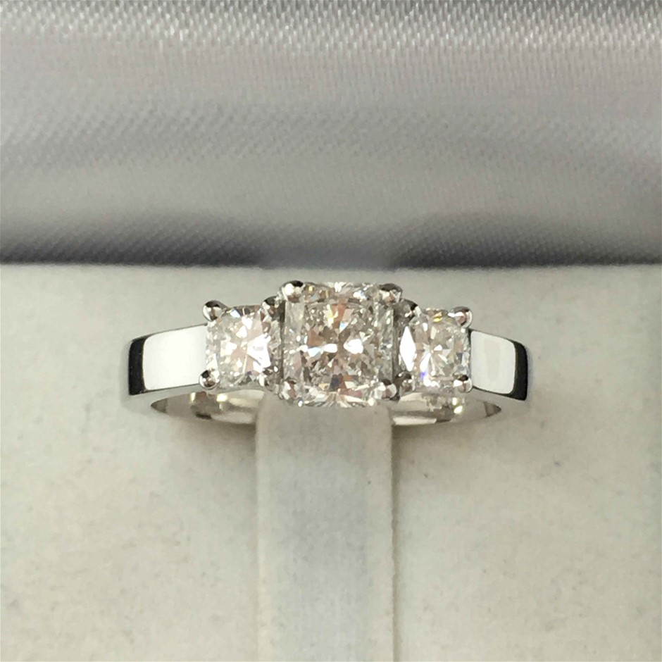 18ct White Gold, 1.33ct Diamond Ring