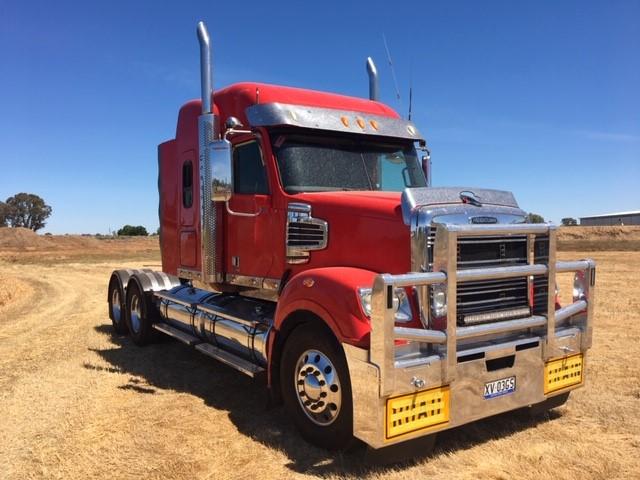 2013 Freightliner Coronado 6 x 4 Prime Mover Truck