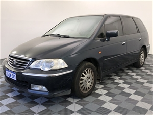 2000 Honda Odyssey V6L Automatic People
