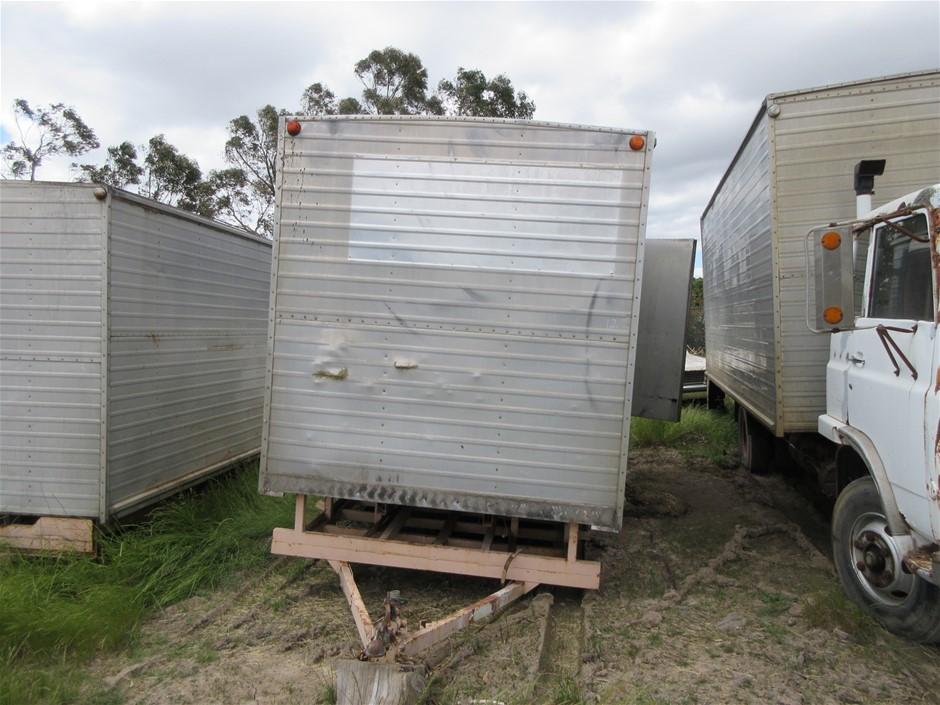 Trailer with Box Tandem