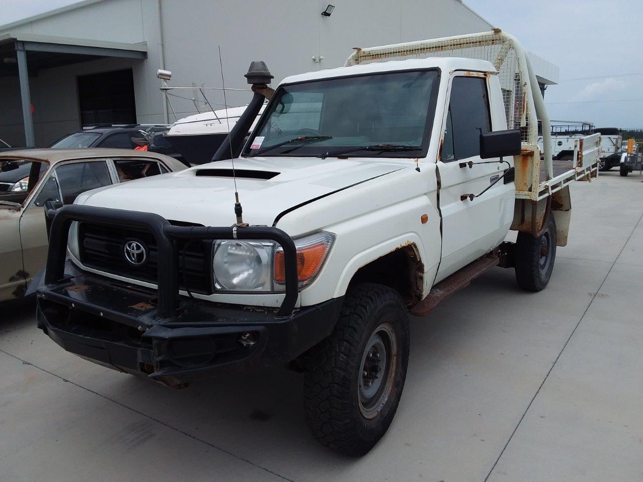 9/2010 Toyota Landcruiser VDJ79R Workmate V8 T/Diesel 4WD Ute (non runner)