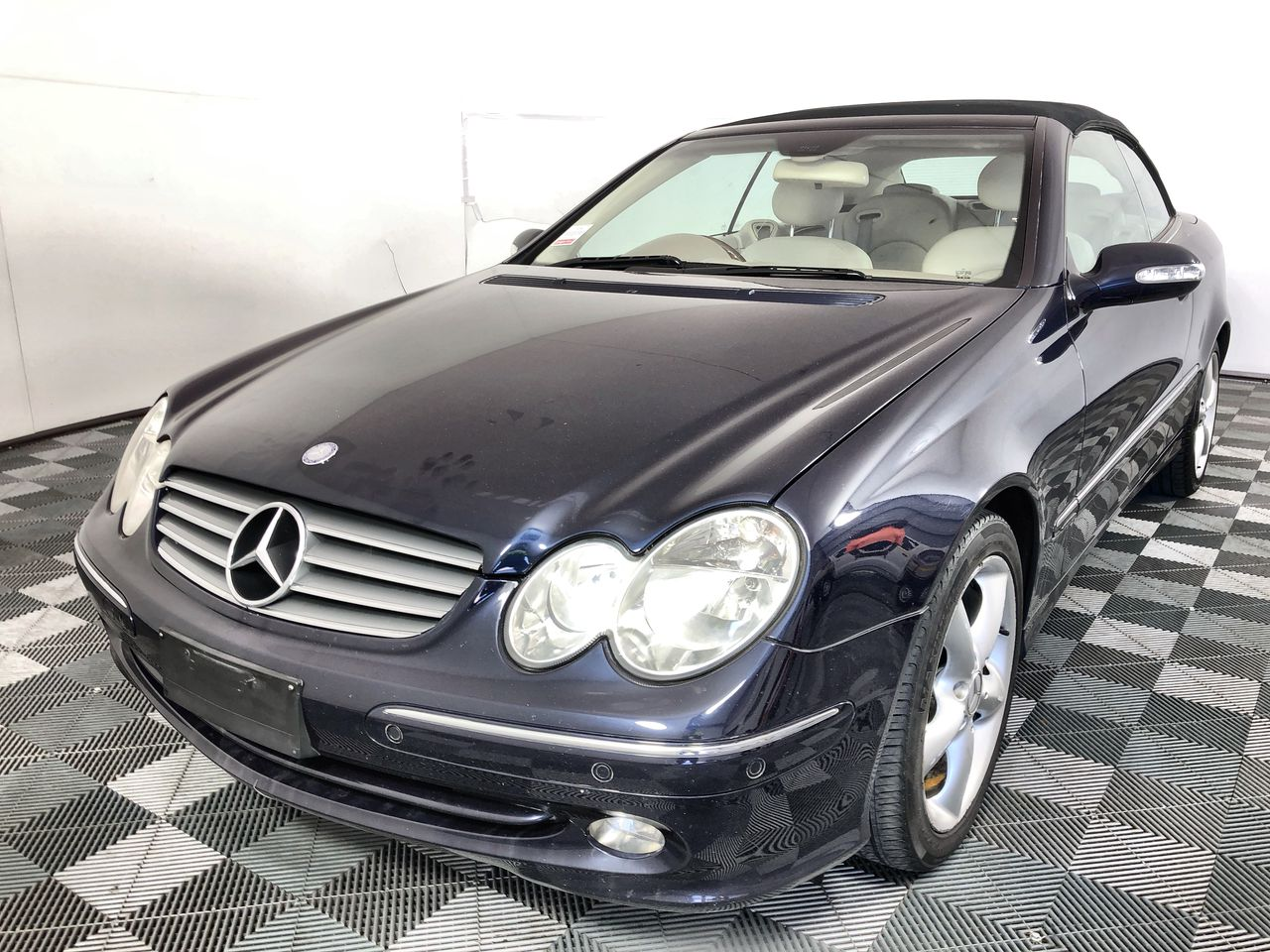 2004 Mercedes Benz CLK320 Avantgarde Automatic Convertible