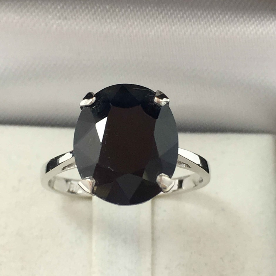 18ct White Gold, 6.64ct Blue Sapphire Ring