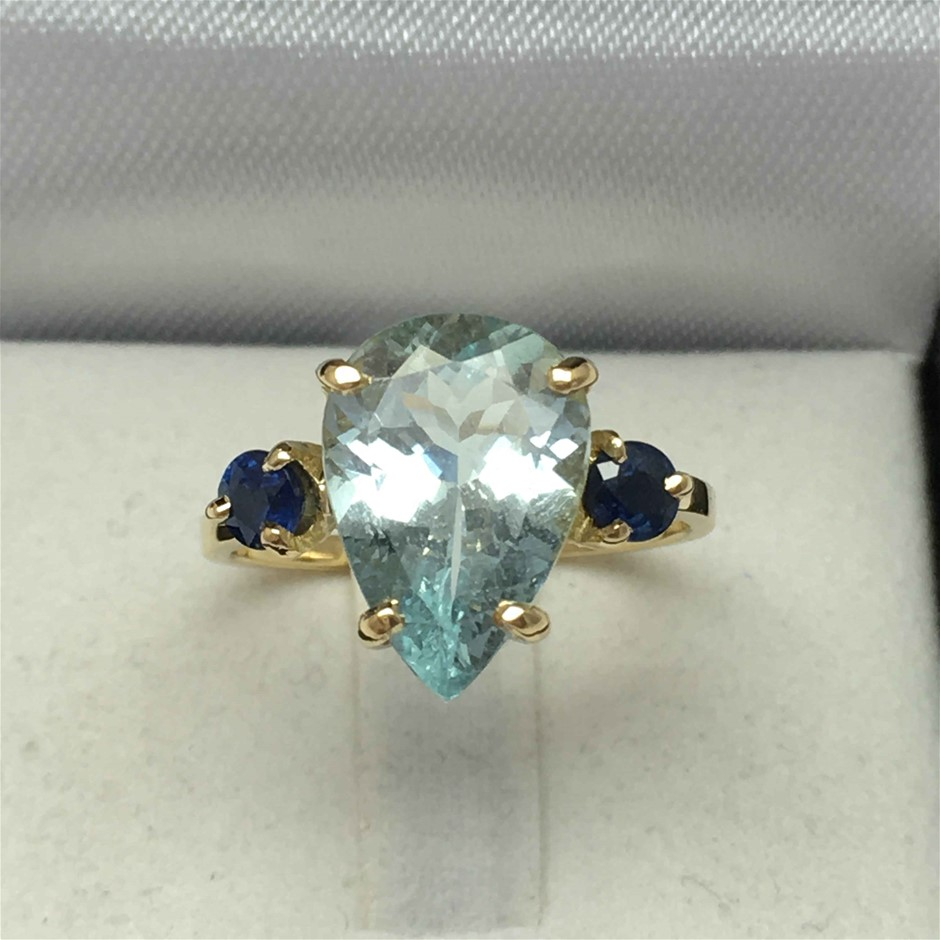 18ct Yellow Gold, 3.44ct Aquamarine and Blue Sapphire Ring