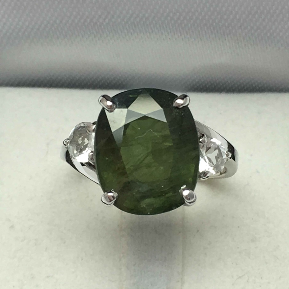 18ct White Gold, 8.48ct Green Sapphire Ring