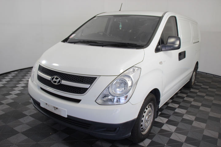 2010 Hyundai iLOAD TQ Manual Van