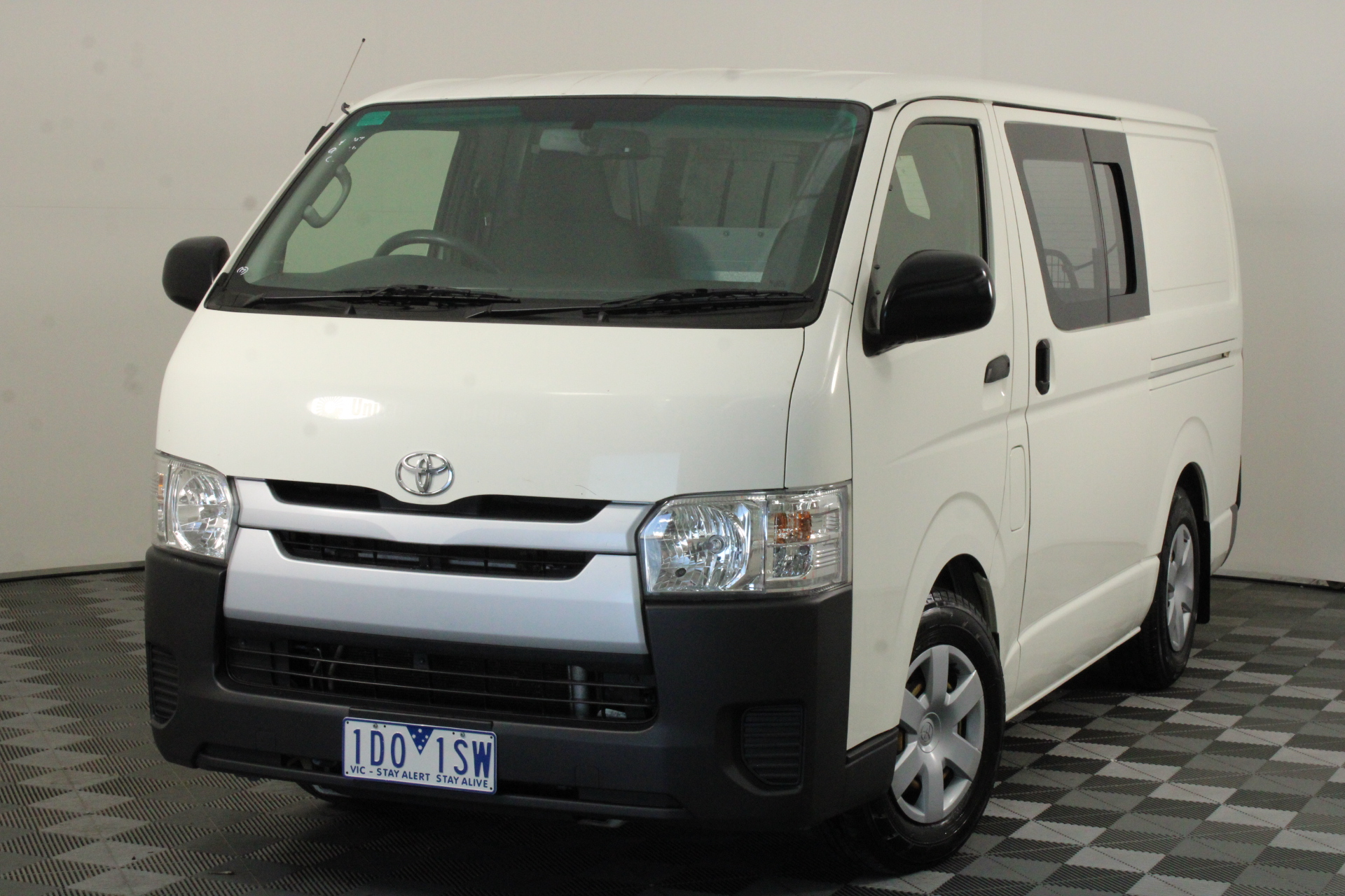 2014 Toyota Hiace LWB KDH201R Turbo Diesel Manual Van