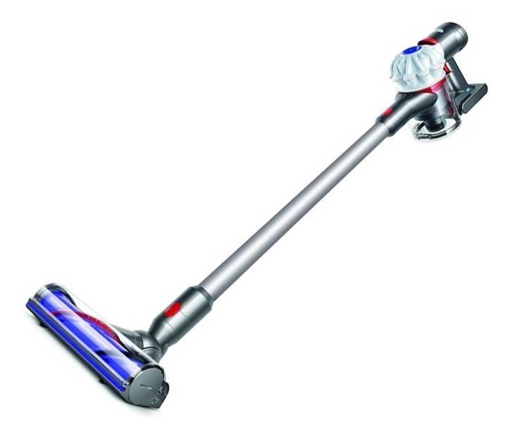 DYSON V7 Motorhead Cordless Vacuum c/w Accessories. NB: Item plugged in and