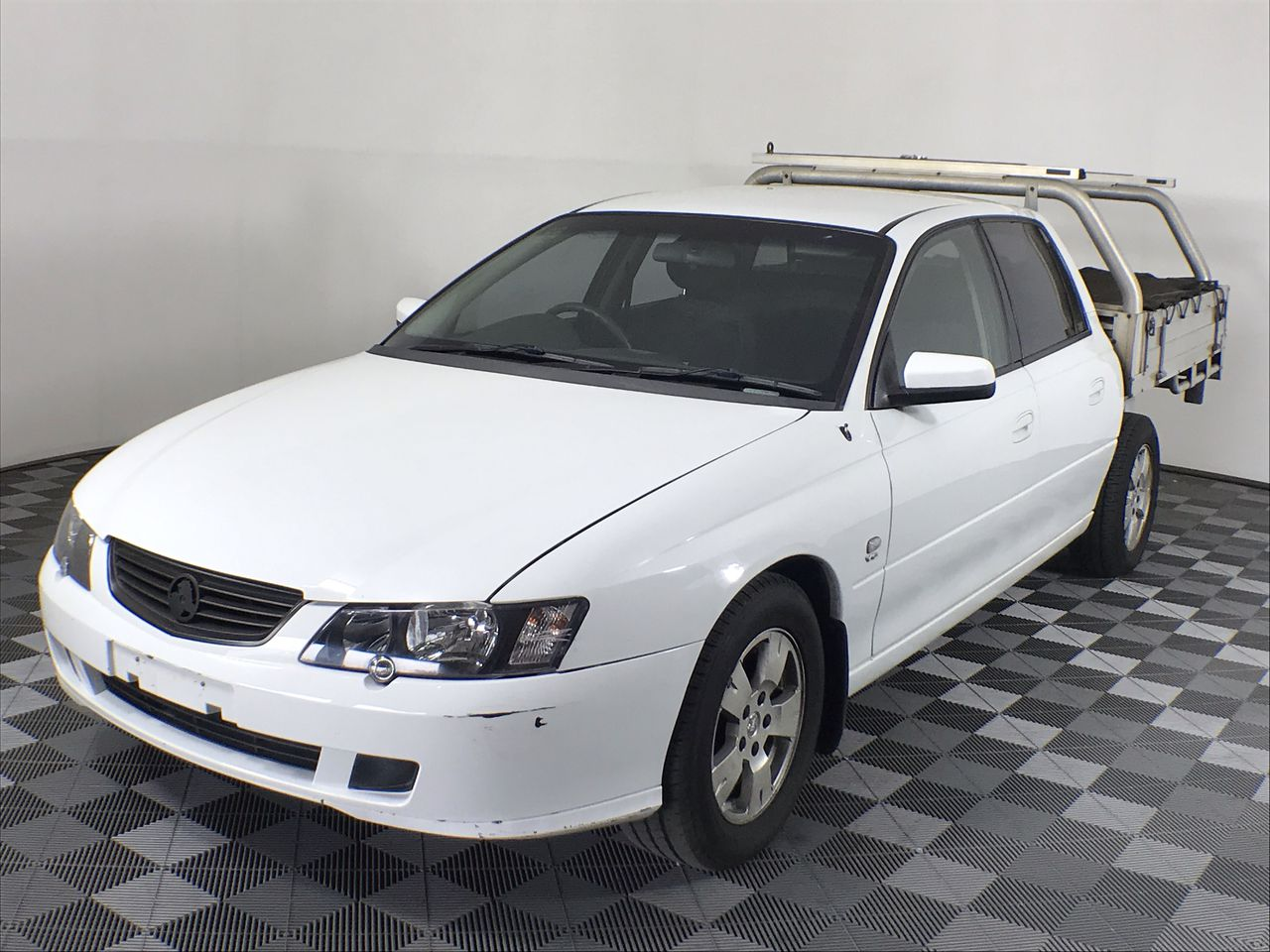 2004 Holden Crewman S VYII Auto Dual Cab- Alloy Tray