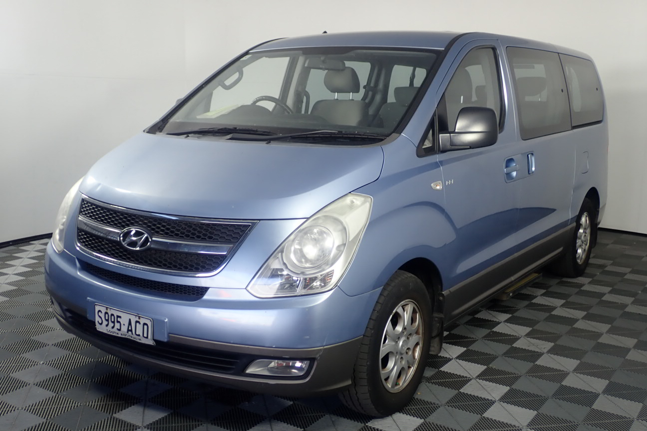2009 Hyundai iMAX TQ Automatic 8 Seats People Mover