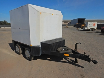 2003 7x4` Tandem Enclosed Trailer