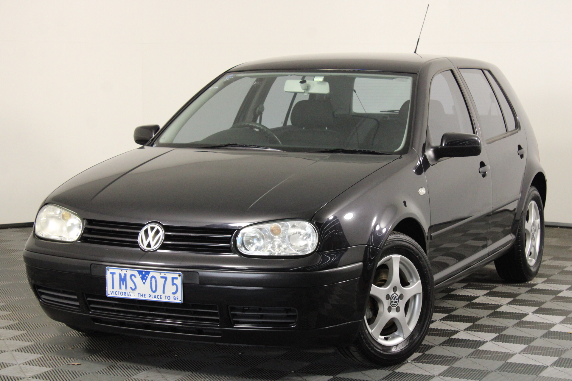 2002 Volkswagen Golf 2.0 S A4 Automatic Hatchback