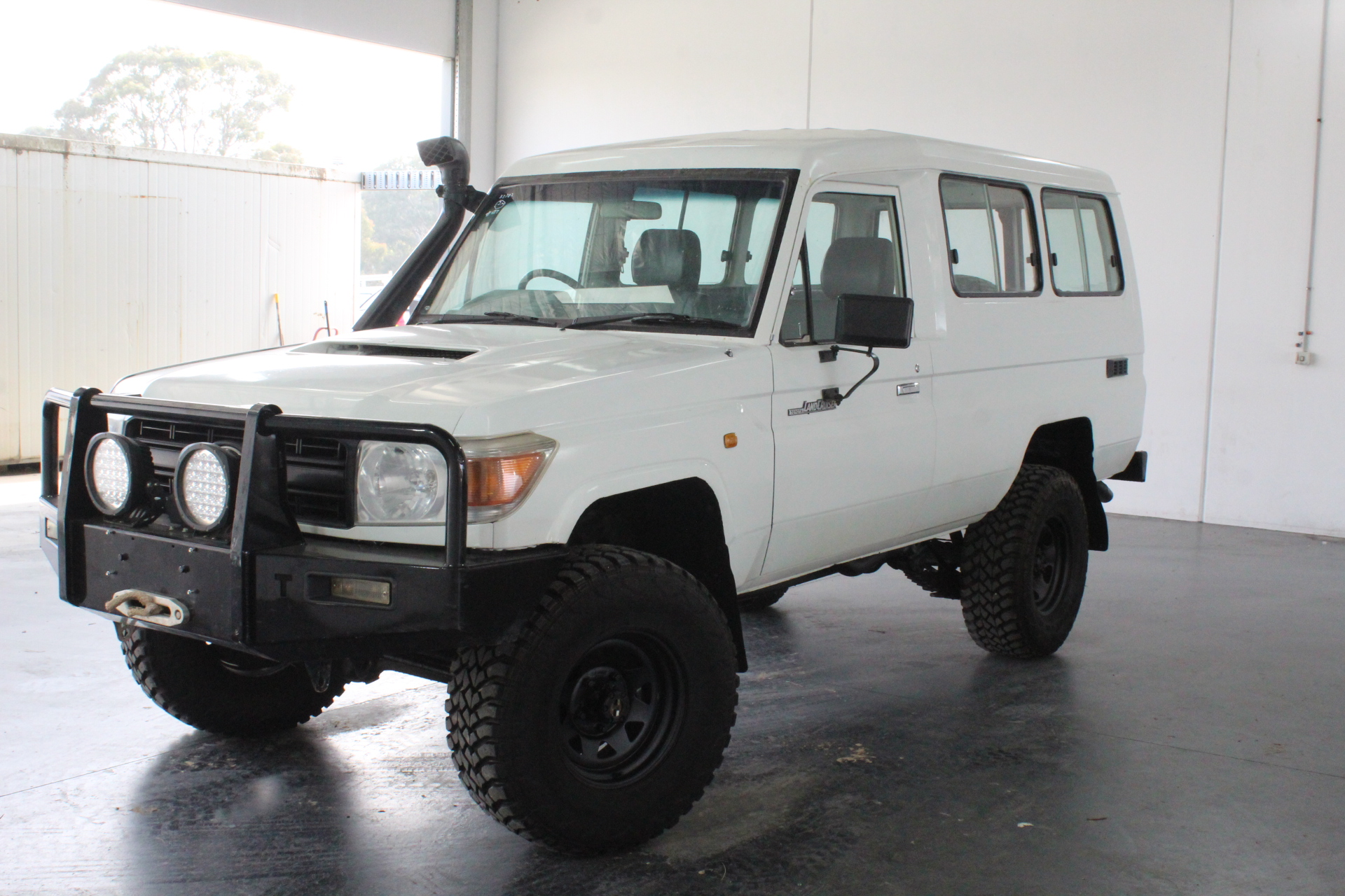 2007 Toyota Landcruiser Workmate (4x4) VDJ78R Turbo Diesel Manual 11 Seats