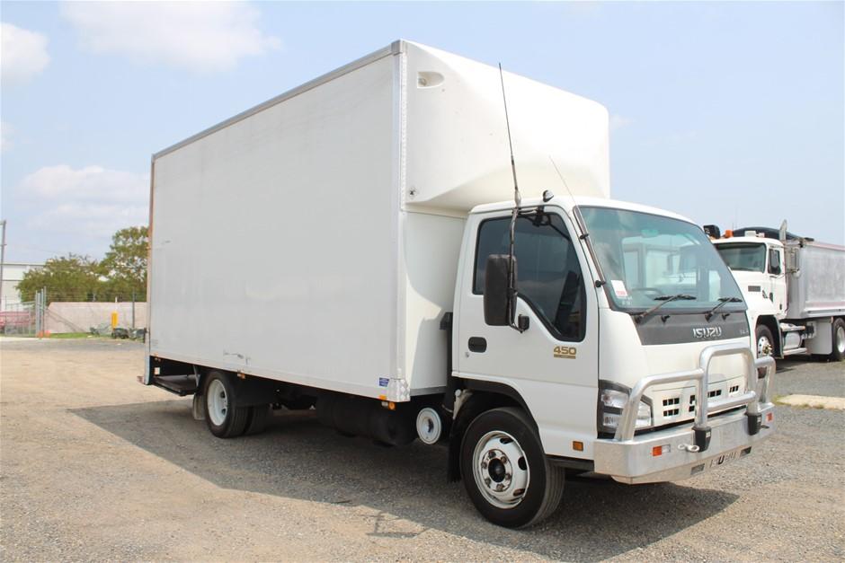 5/2006 Isuzu NQR450 Long Pantech 4cyl T/Diesel 6spd Manual Truck