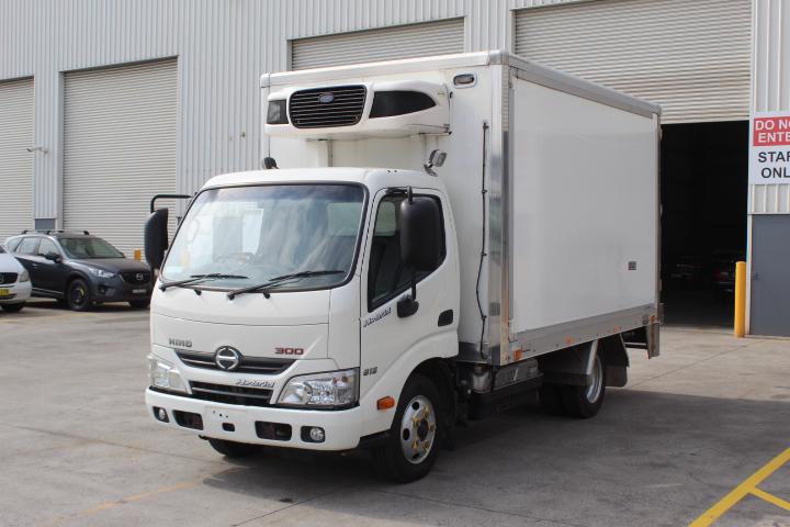 Hino 300 Hybrid Automatic Truck