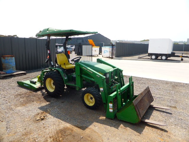 John Deere A110 HST Tractor (Pooraka, SA)