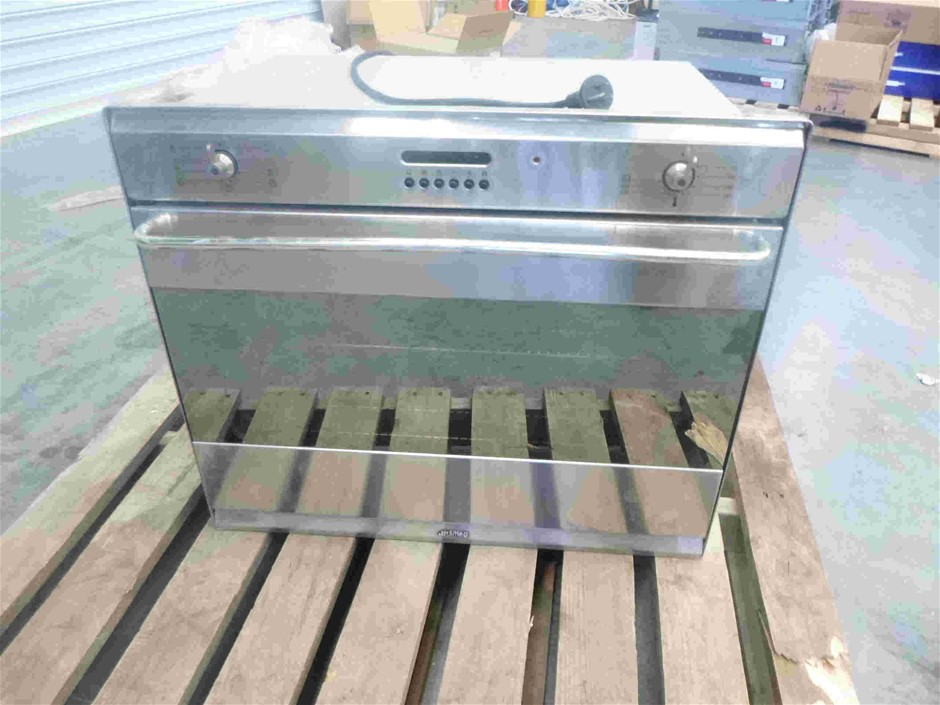 Wall Mounted Smeg Oven