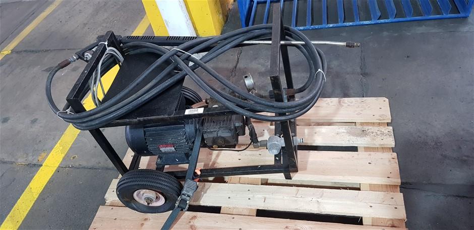 Unknown Mobile Black Framed Pressure Washer