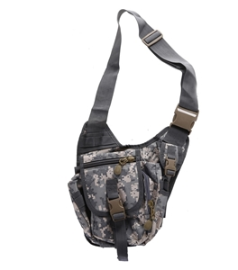 Camo Canvass Style Utility Bag with 3 x