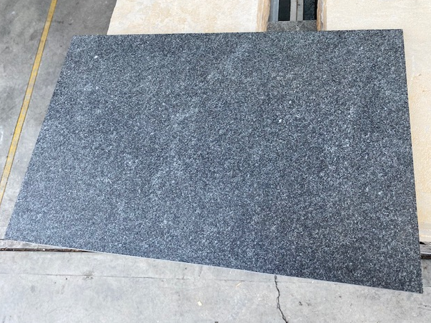 1x Crate Black Granite Exfoliated surface tiles 600x400x15mm Approx 32.64m2