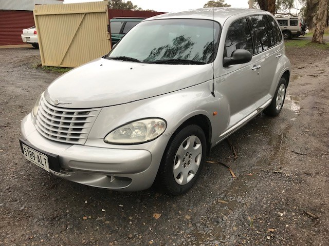 2002 Chrysler PT Cruiser FWD Manual Wagon