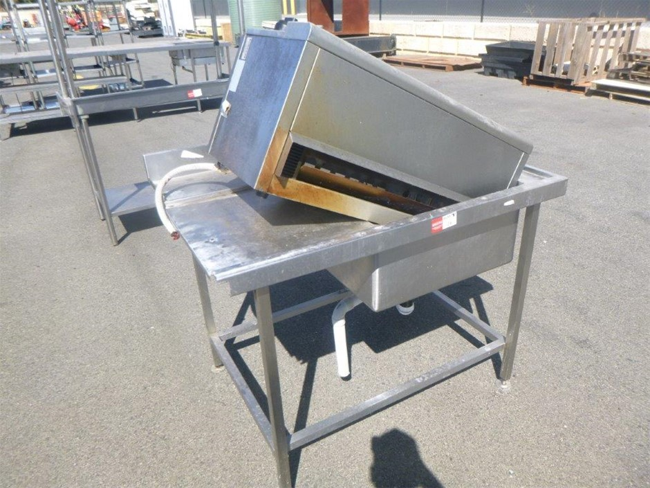 Stainless Bench & Oven