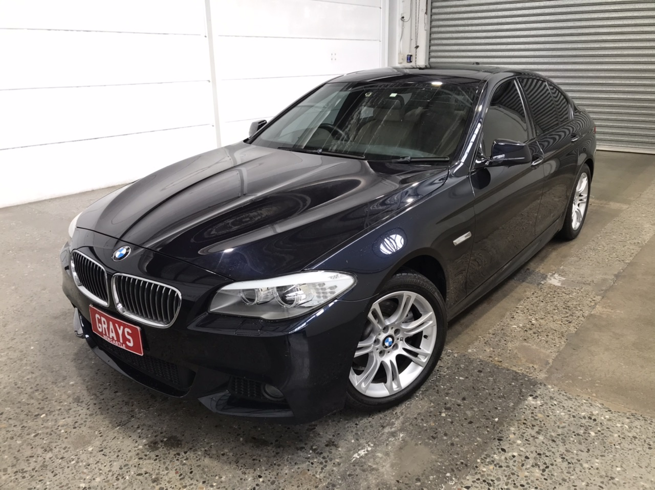 2011 BMW 5 28i F10 Automatic - 8 Speed Sedan