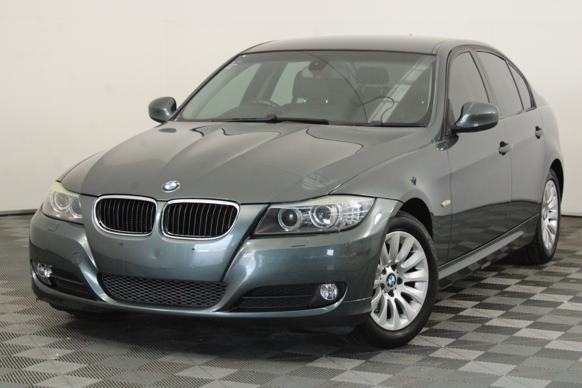2009 BMW 3 20i Executive E90 Automatic Sedan