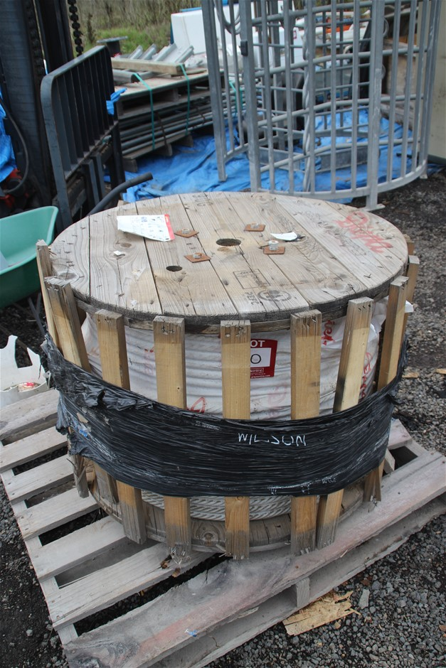 Diep x 53, PZ 371 Steel Cable on Timber Reel