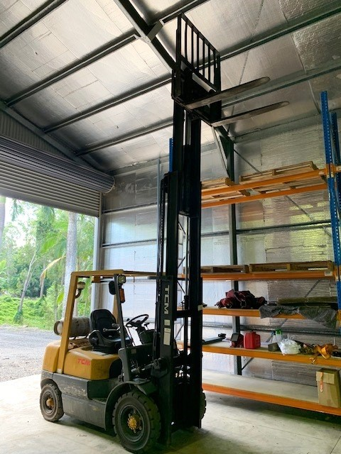 TCM FG25N5 4 Wheel Counterbalance Forklift