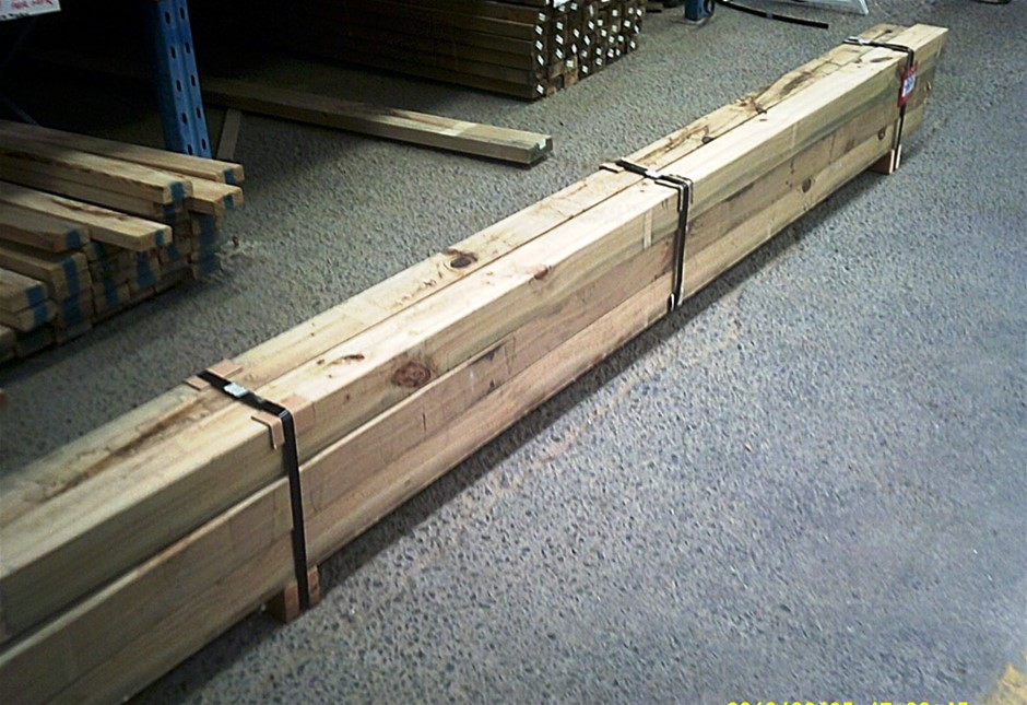 Pack of 6 units of 90mm x 90mm H4 Treated Pine Posts.