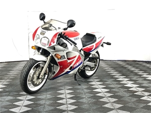 1990 Yamaha FZR1000 1 seater Road, 35895