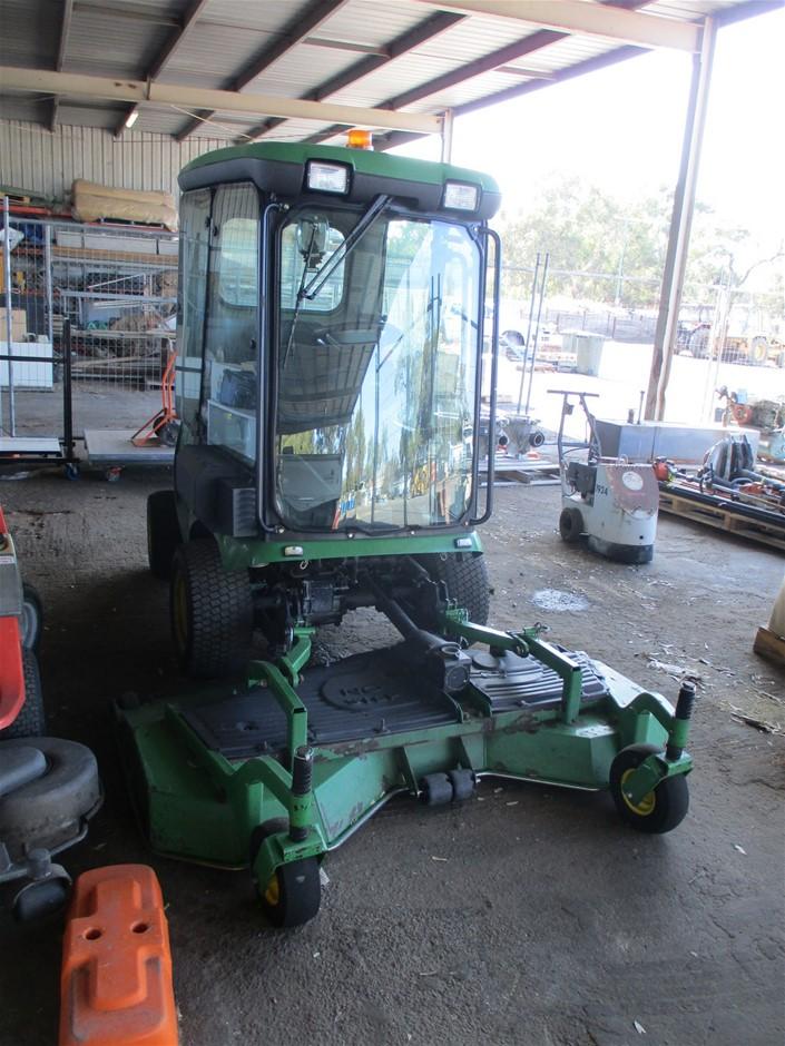 John Deere Front Deck Lawn Mower