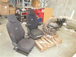 1 Pallet of 3 Operators Seats