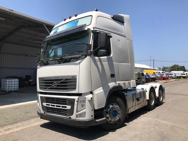 2014 VOLVO FHMK2 6 x 4 Prime Mover Truck
