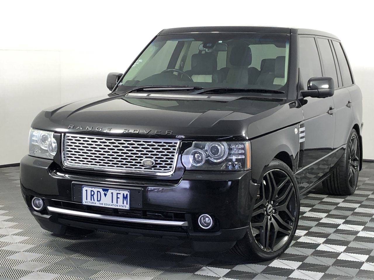 2010 Land Rover Range Rover Vogue S/C AUTO-BIOGRAPHY Automatic Wagon