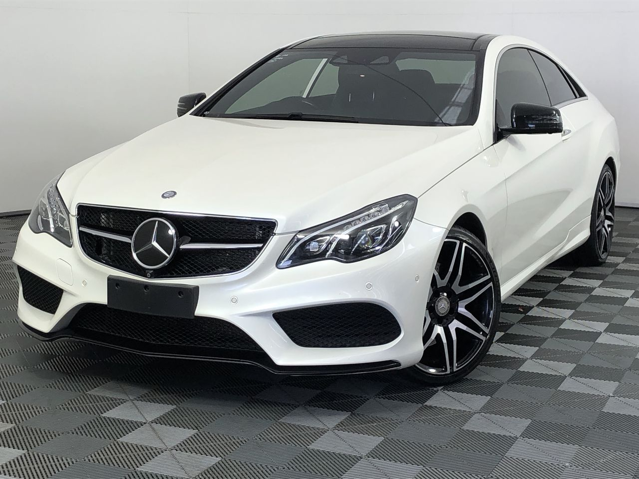 2015 Mercedes Benz E400 AMG SPORT NIGHT PACKAGE PLUS Automatic Coupe