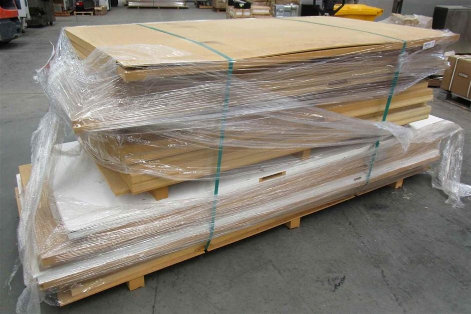 Pallet of 23 x Timber Doors